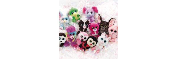 Plüschtiere und Puppen
