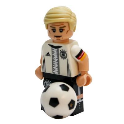 Serie 71014 Lego  DFB - Die Mannschaft - Minifigur Nr. 7 Bastian Schweinsteiger