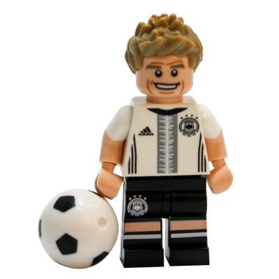 Serie 71014 Lego  DFB - Die Mannschaft - Minifigur Nr. 13 Thomas Müller