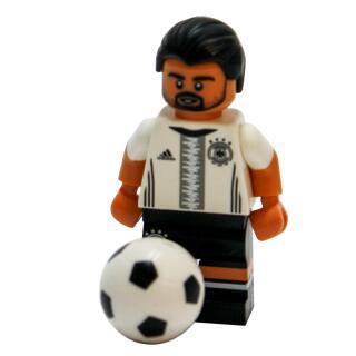 Serie 71014 Lego  DFB - Die Mannschaft - Minifigur Nr. 6 Sami Khedira